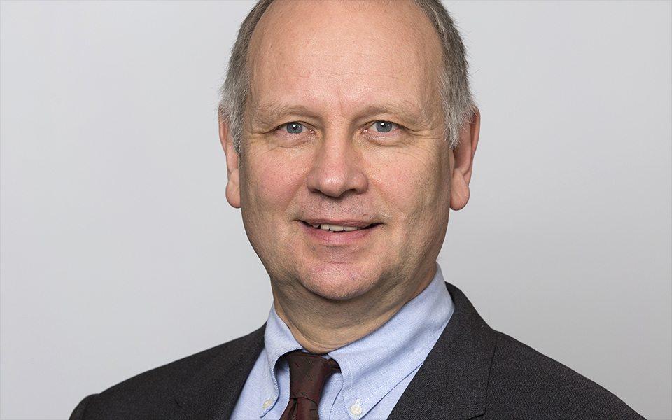 Dr. Ulrich Clever | Digitale Patientenkommunikation – Wie Ärzte die Digitalisierung behandeln