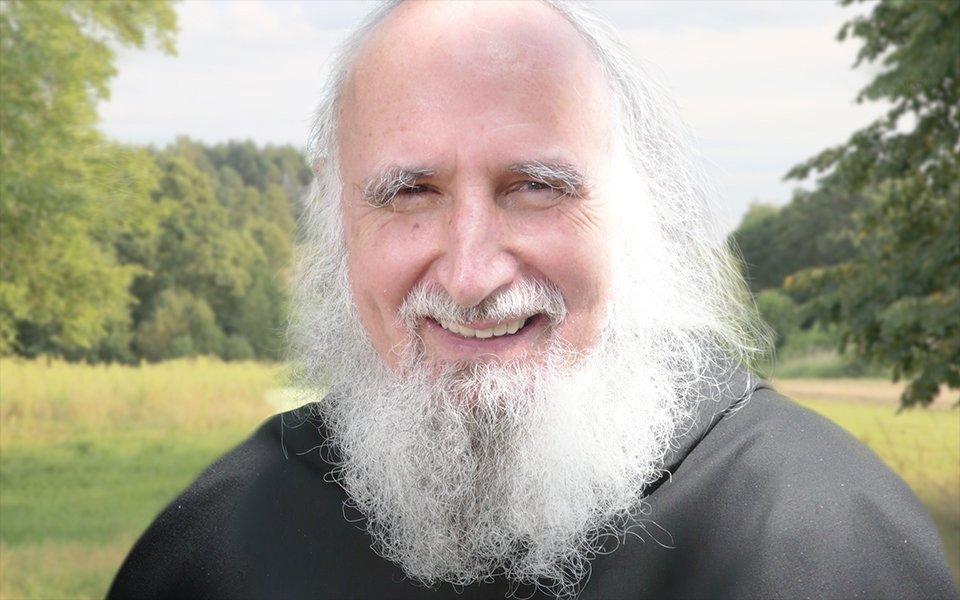 Pater Anselm Grün | Erfolg nährt sich aus der liebevollen Rebellion und Hingabe unserer Seele